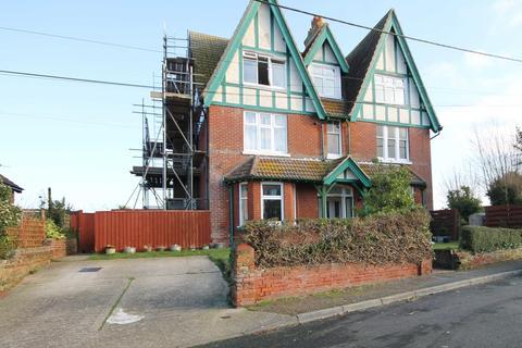 1 bedroom apartment to rent - Ward Road , Totland