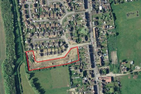 Land for sale - Sunningdale Crescent, New Holland, North Lincolnshire, DN19