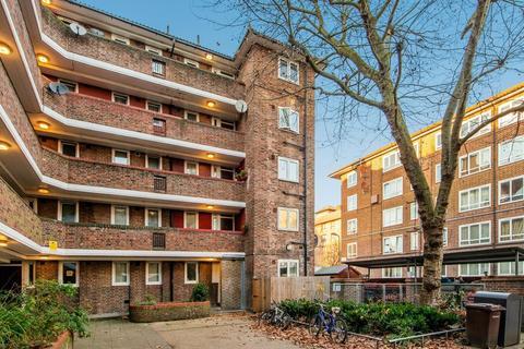 3 bedroom apartment for sale - Upper Clapton E5
