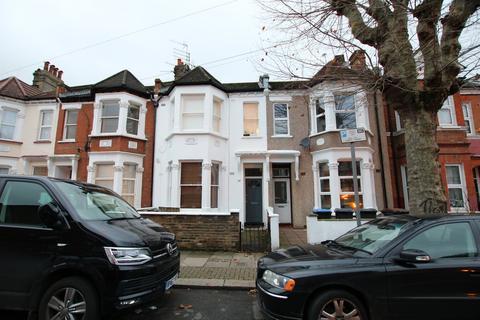 3 bedroom flat to rent - Balmoral Road, Willesden, London