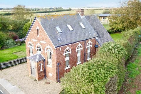 3 bedroom detached house for sale - Halsham, Hull, East Yorkshire, HU12