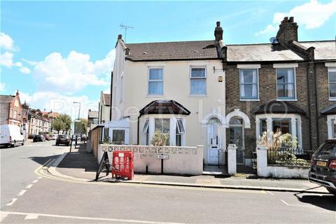 5 bedroom house for sale - 5 Bedroom Corner House For Sale, Grosvenor Road, Leytonstone