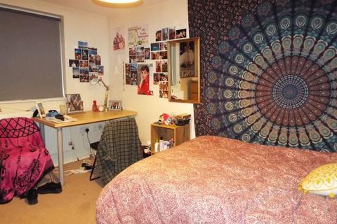 5 bedroom terraced house to rent - Harrow Road, Selly Oak, Birmingham, B29 7DN