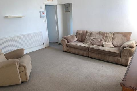 1 bedroom flat to rent - Bearwood Road, Smethwick, 1 Bedroom First Floor Self Contained Flat