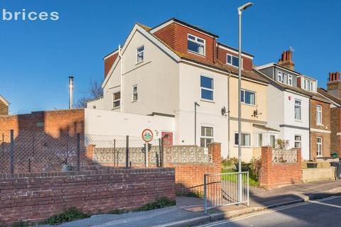 4 bedroom semi-detached house for sale - Vale Road, Portslade, Brighton, BN41