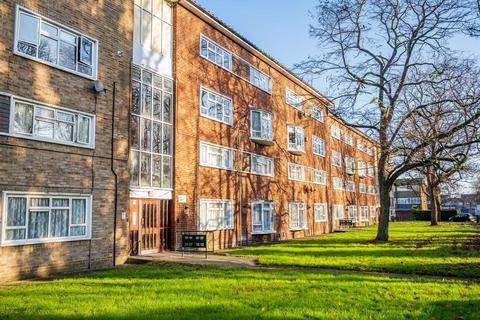 2 bedroom flat for sale - Wordsworth Way, West Drayton, Middlesex, UB7