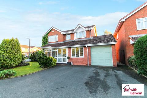 4 bedroom detached house for sale - Thirlmere Drive, Essington
