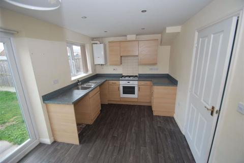 3 bedroom house to rent - Fieldhouse Way, Stafford, ST17 4FH