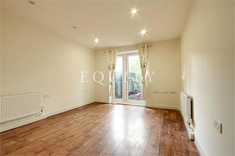 2 bedroom apartment to rent - Poppy Drive, Enfield, EN3