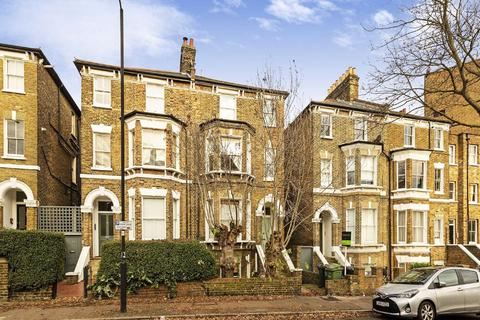 2 bedroom flat for sale - Gauden Road, Clapham, London