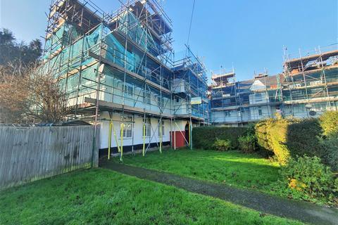 3 bedroom flat for sale - Watling Avenue, Edgware