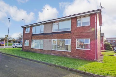 1 bedroom ground floor flat to rent - Cheviot Court, Morpeth, Northumberland, NE61 2TP