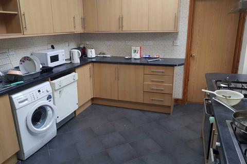 8 bedroom house to rent - Richards Street, Cathays