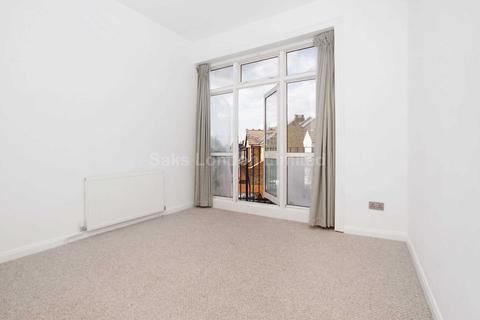 2 bedroom flat to rent - Balham High Road, SW17