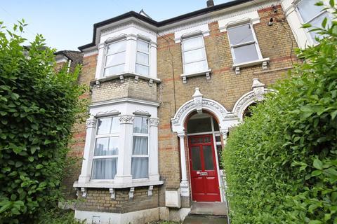 Studio to rent - Streatham Place, Streatham Hill, SW2