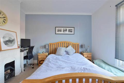3 bedroom townhouse for sale - Oak Road, Tunbridge Wells, Kent