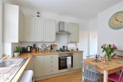 3 bedroom townhouse for sale - Oak Road, Tunbridge Wells, Kent