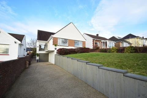 4 bedroom detached bungalow for sale - 76 West Road, Bridgend, Bridgend County Borough, CF31 4HQ