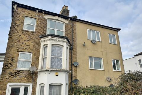 2 bedroom maisonette to rent - Selhurst Road, South Norwood