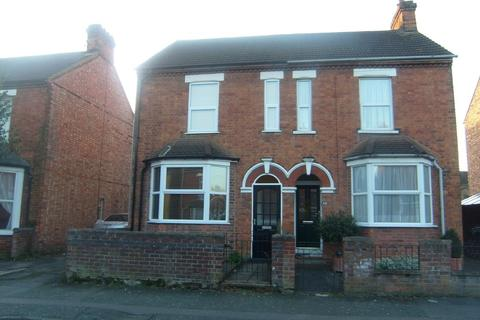 3 bedroom semi-detached house to rent - Park Road, Kempston