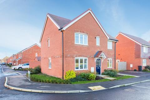 5 bedroom house for sale - Hyton Drive, Deal