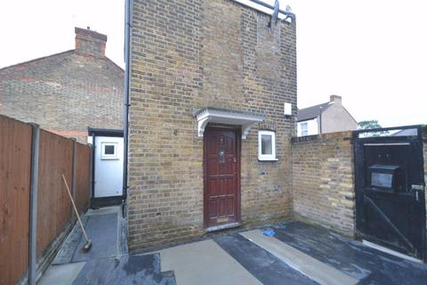 1 bedroom house to rent - LINCOLN ROAD, ENFIELD