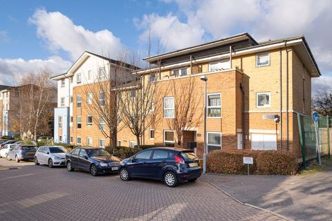 2 bedroom flat to rent - Admiratly Close, West Drayton, Middlesex, UB7