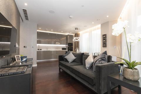 3 bedroom flat to rent - Glacier House, Nine Elms, London