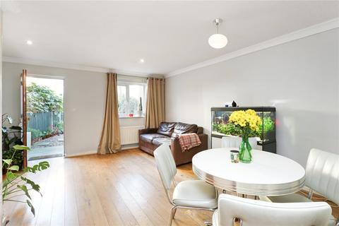 2 bedroom terraced house for sale - Durward Street, London, E1