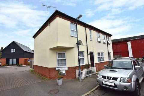 2 bedroom end of terrace house to rent - Kings Road, Burnham-On-Crouch, Essex, CM0