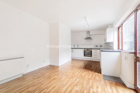 1 bedroom flat to rent - Catford Hill London SE6