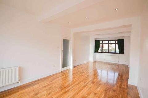 3 bedroom terraced house to rent - Sherwood Avenue, Streatham, London