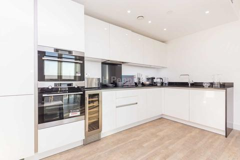 2 bedroom apartment to rent - Gladwin Tower, Nine Elms, SW8