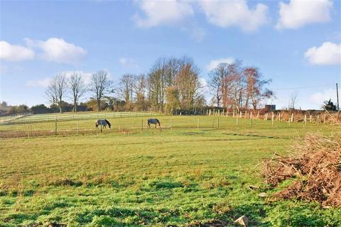 3 bedroom detached bungalow for sale - Bell Farm Lane, Minster On Sea, Sheerness, Kent