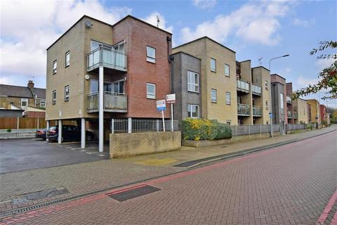 2 bedroom flat for sale - Newham Way, East Ham, London