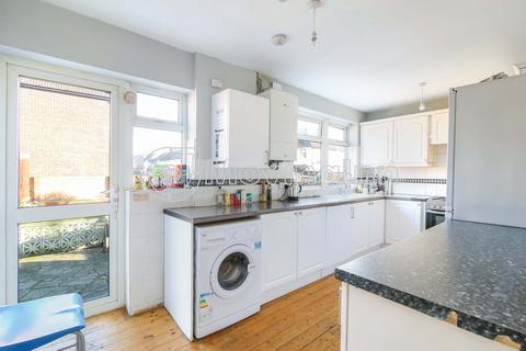House share to rent - Lonsdale Road, South Norwood, SE25