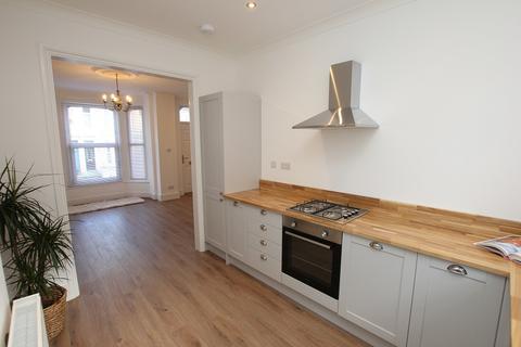 4 bedroom terraced house to rent - Hughenden Road, Hastings, East Sussex. TN34 3TE
