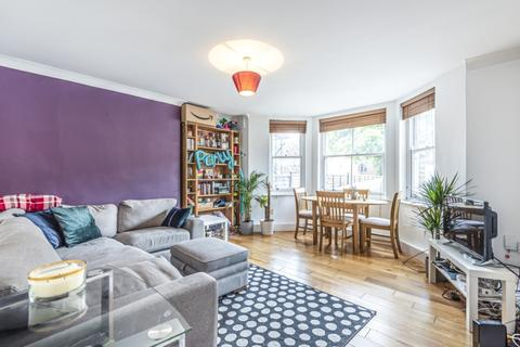 2 bedroom flat to rent - Knollys Road Streatham SW16