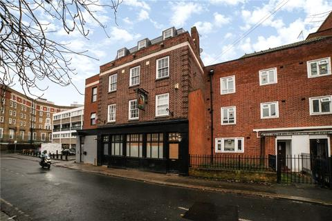 2 bedroom ground floor flat to rent - Crossford Street, London, SW9
