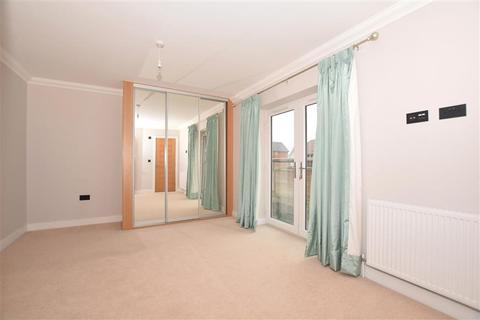 4 bedroom detached house for sale - Castor Park, Allington, Maidstone, Kent