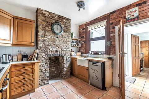 2 bedroom terraced house for sale - Westcote Road, London, SW16