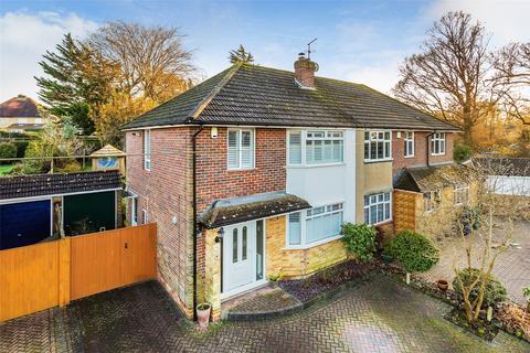 3 bedroom semi-detached house for sale - Park Avenue, Salfords, Surrey, RH1