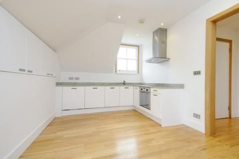 2 bedroom flat to rent - Bolingbroke Grove Battersea SW11