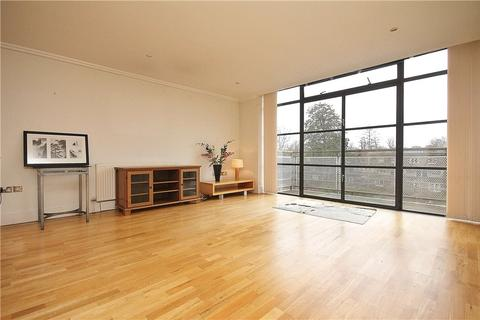 2 bedroom apartment for sale - Point Wharf Lane, Brentford, TW8