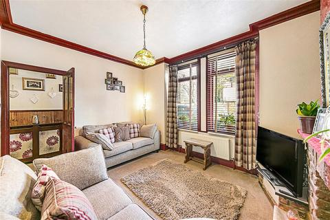2 bedroom flat for sale - Gambetta Street, SW8