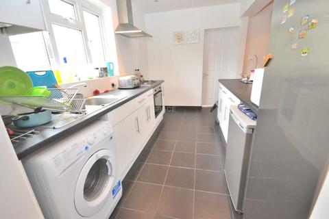 1 bedroom house share to rent - Montague Street, Caversham, Reading, Oxfordshire, RG4 5AU - ROOM B