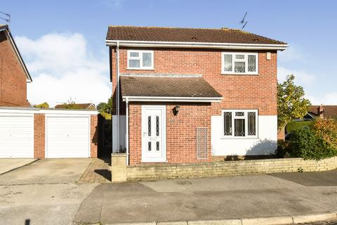 4 bedroom detached house for sale - Melcombe Avenue, Strensall, YO32