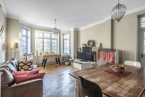3 bedroom flat for sale - Muswell Hill Road, Highgate