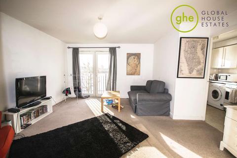 2 bedroom flat to rent - Ferguson Close, Isle Of Dogs, London