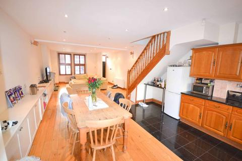4 bedroom terraced house to rent - Kingwood Road, Fulham, London